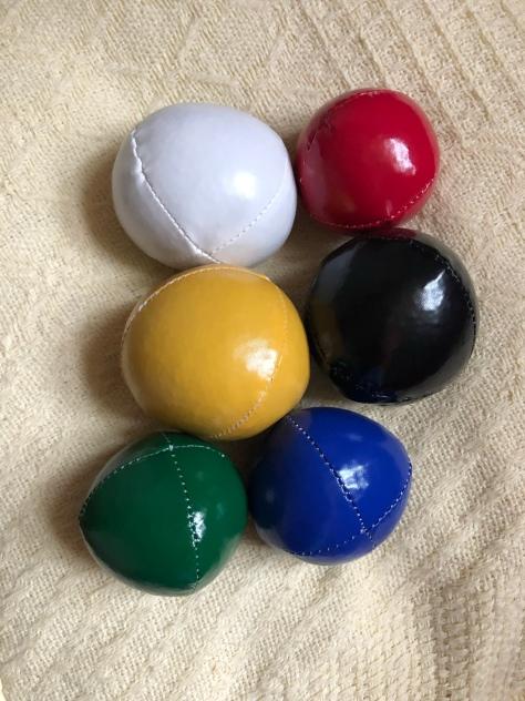 """alt=""""juggling balls"""""""